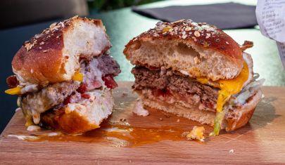 Ogni hamburger a Bari ha la sua filosofia: 11 modi per non fare la dieta