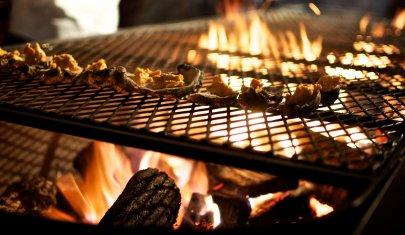 Se l'estate è passata, la voglia di grigliata di pesce no. Dove ordinarla a Roma quartiere per quartiere