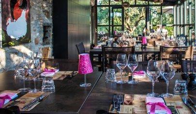 Cene aziendali noiose addio: 4 ristoranti tra il Lago di Garda e la Valpolicella dove scoprire che i tuoi colleghi sono simpatici (forse)