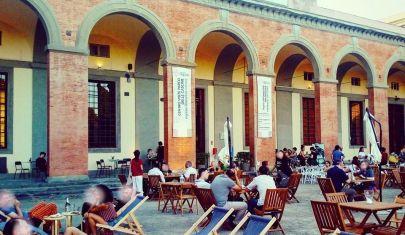 L'aperitivo all'aperto a Firenze: come godersi l'estate se non hai il mare