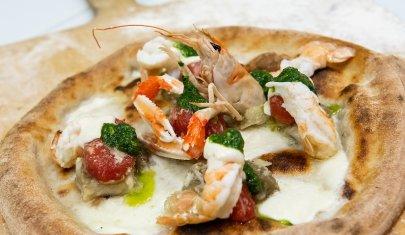 Non la solita pizza: alla scoperta delle pizzerie gourmet di Brescia