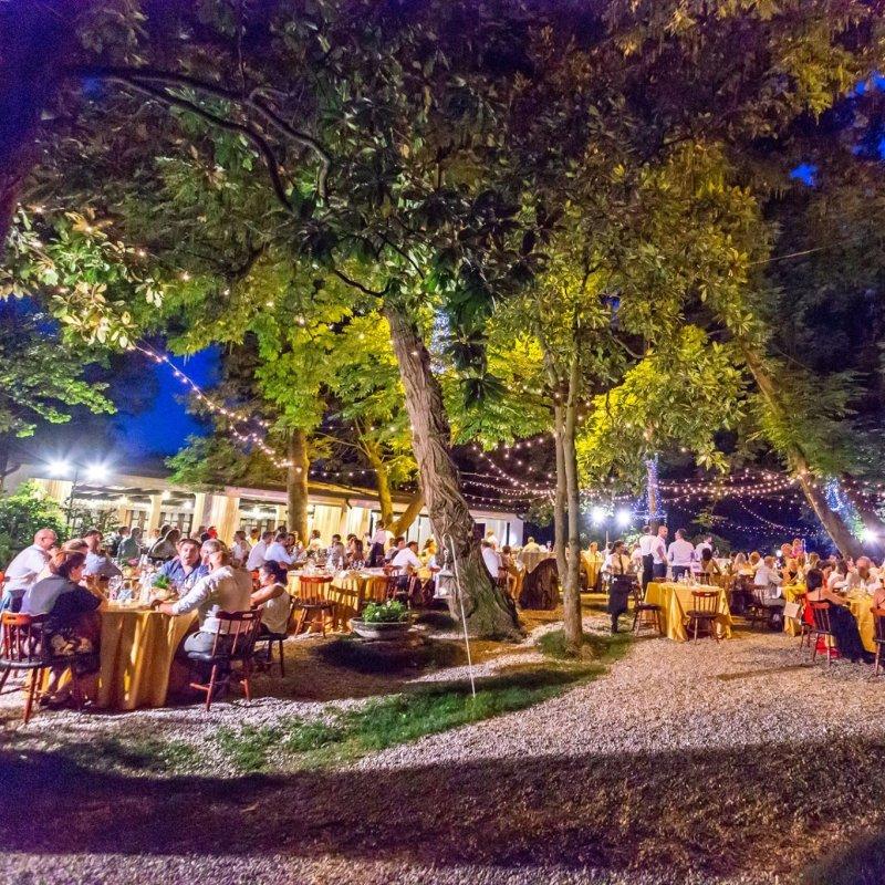 Chiudiamola alla grande: la mangiata di pesce in giardino a Treviso e dintorni prima di mettere il maglioncino