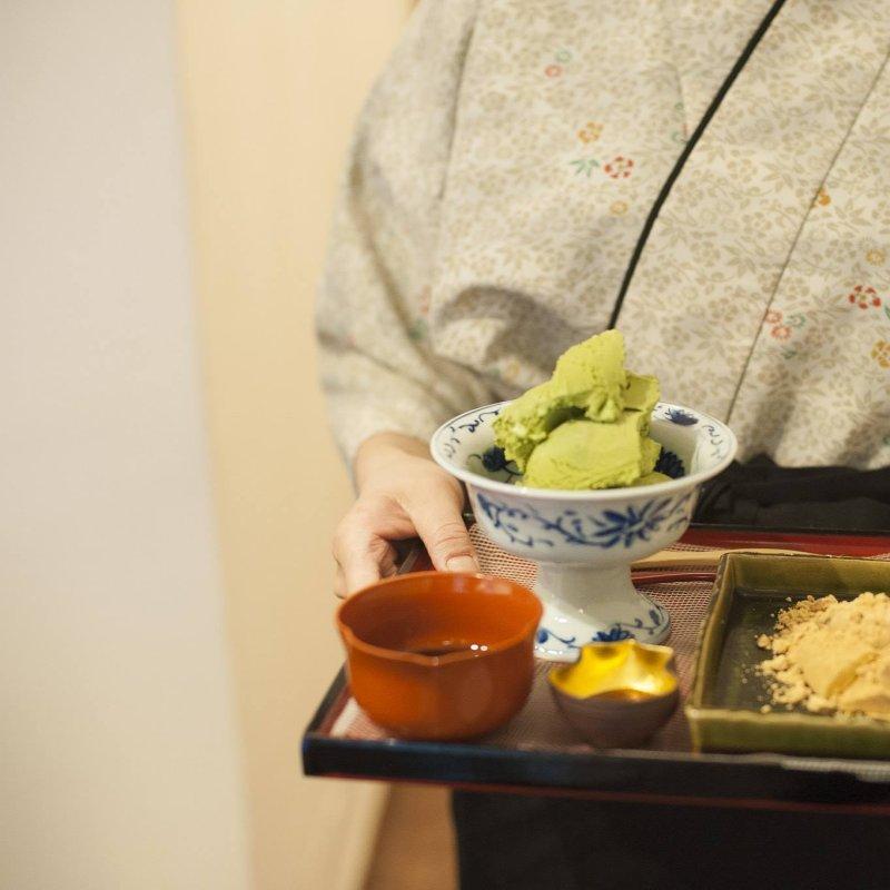 Non solo a Tokyo lo chef veste il kimono: anche a Firenze in cucina si parla giapponese