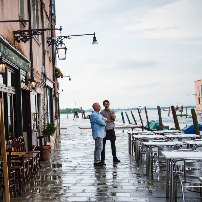Zaia firma la nuova ordinanza per il Veneto: cosa cambia per i locali