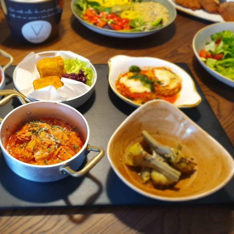 Qvinto lounge restaurant cafè, dove eleganza, tradizione e qualità si sposano per creare il locale perfetto