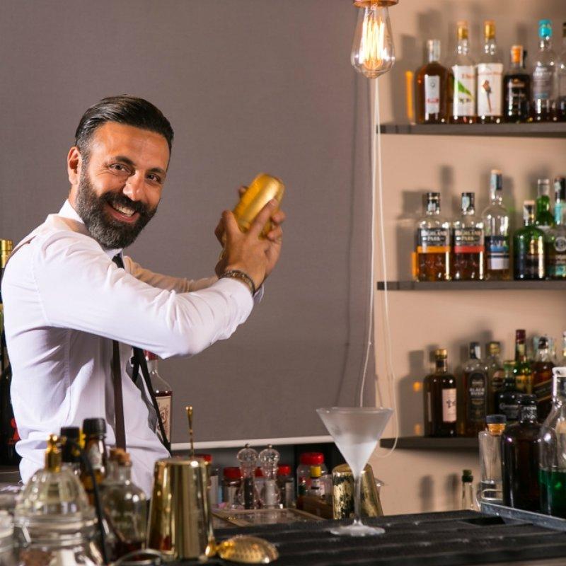 Quando arte e miscelazione si fondono. Ecco i nostri 5 cocktail preferiti dello Sky Stars Bar dell'Hotel A.Roma Lifestyle